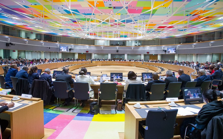 Χωρίς συμφωνία για το χρέος τελείωσε το Eurogroup
