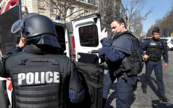 Η αντιτρομοκρατική ερευνά την επίθεση στην Παναγία των Παρισίων