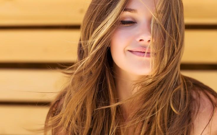 Φτιάξτε το δικό σας σπρέι για να ξεμπερδεύετε εύκολα με τα μαλλιά