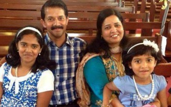 Πατέρας έσπρωξε με αυτοθυσία την κόρη του για να τη σώσει και σκοτώθηκε από αυτοκίνητο
