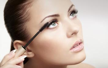 Ανανεώστε εύκολα τη μάσκαρα για υπέροχο βλέμμα