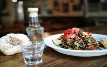 Οικονομικά και χαλαρά στέκια για φαγητό στη Θεσσαλονίκη