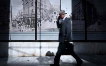 Le Monde: Η Ελλάδα ξαναγεννιέται από τις στάχτες της