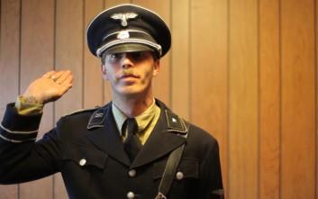 Γνωρίστε τον Χίτλερ, τον Ισίδωρο Χιθ Χίτλερ!