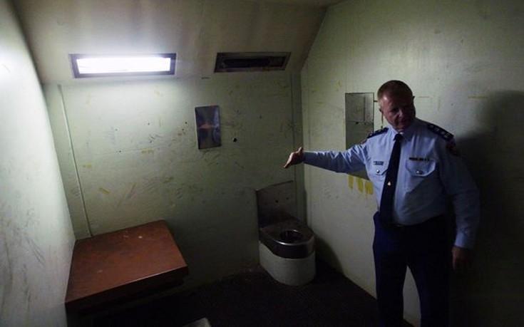 prisons15