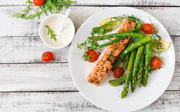 Τips για κάθε γεύμα που θα σε βοηθήσουν να κάνεις τη δίαιτα της νηστείας