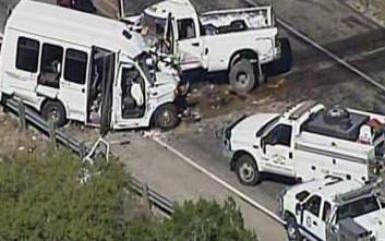 Πολύνεκρο τροχαίο στο Τέξας, μόνο δύο άνθρωποι επέζησαν από τους 15 επιβαίνοντες