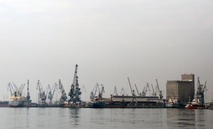Φραστική επίθεση στον Μπουτάρη για το λιμάνι της Θεσσαλονίκης