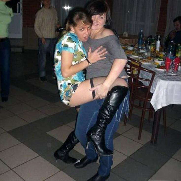 zarosshaya-vagina-telki-na-korparativchik-seks-konkursah-krasoti