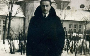 Ο Έλληνας που έσφιξε θερμά το χέρι του Χίτλερ και εμπνεύστηκε τα Τάγματα Ασφαλείας