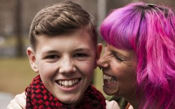 Το αγόρι που νίκησε σπάνια μορφή καρκίνου χάρη στην κάνναβη