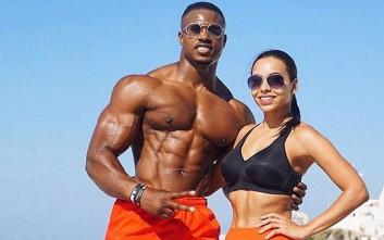 Το fit ζευγάρι που κερδίζει λεφτά χάρη στην εμμονή του με τη γυμναστική