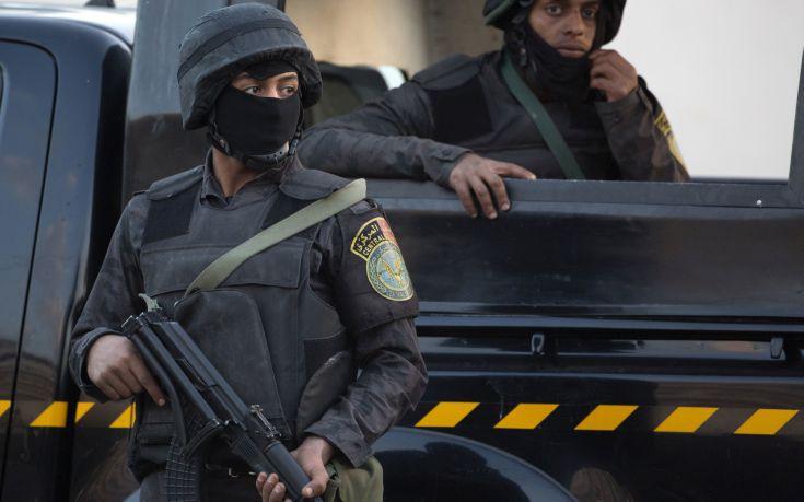 Καμικάζι ανατινάχθηκε στο Κάιρο την ώρα που τον καταδίωκαν