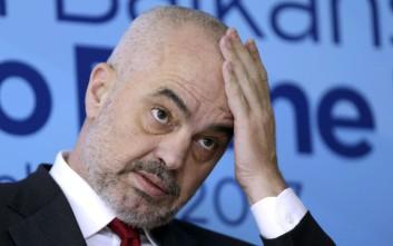 Ο Ράμα αποσύρει υποψήφιο δήμαρχο του κόμματός του