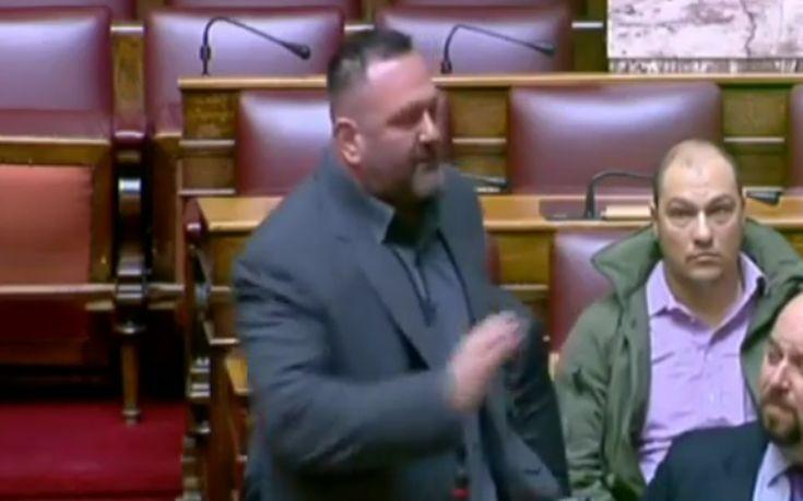 Άγριος καβγάς Θεοχαρόπουλου - Λαγού στη Βουλή