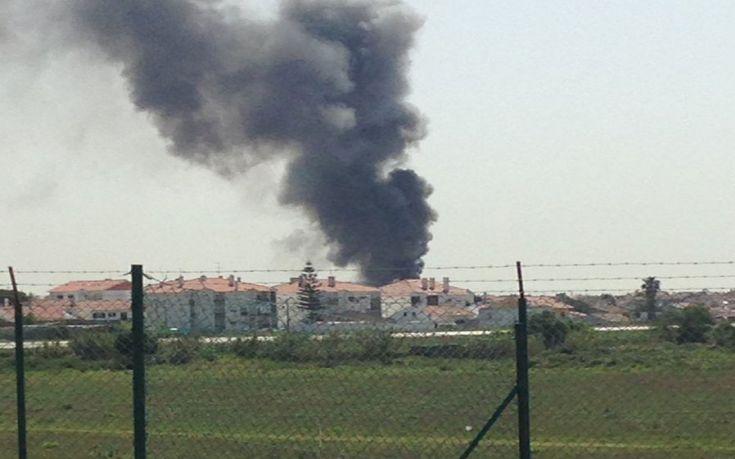 Αεροπλάνο συνετρίβη κοντά σε σούπερ μάρκετ στην Πορτογαλία