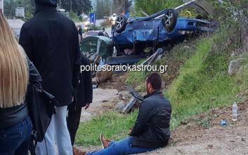 Αυτοκίνητο που συμμετείχε σε «κόντρες» έπεσε σε στάση λεωφορείου