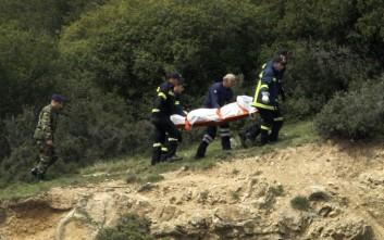 Διευκρινίσεις για τις συντάξεις χηρείας των στρατιωτικών που σκοτώθηκαν