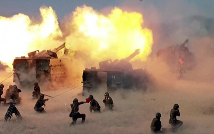 Νεολαία του Κιμ Γιονγκ Ουν: Θα εξαφανίσουμε τους εχθρούς μας και θα γιορτάσουμε με πυροτεχνήματα