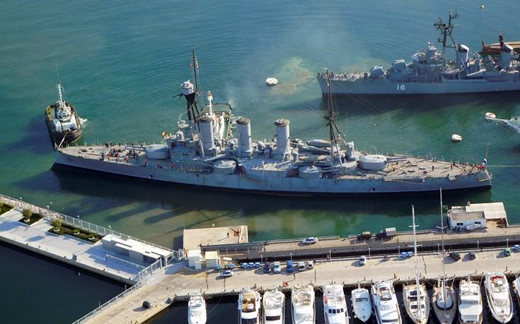 Το «ταξίδι» του θωρηκτού Αβέρωφ όπως το είδαν από το ελικόπτερο του Πολεμικού Ναυτικού