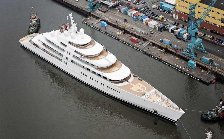 Ιστοσελίδες εντοπίζουν τα σκάφη των πλουσίων