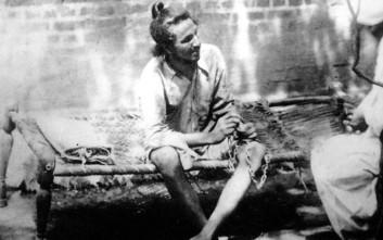 Ο ένοπλος μαρξιστής επαναστάτης της Ινδίας που ήταν το αντίπαλο δέος του πασιφιστή Γκάντι