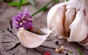 Η άγνωστη αφροδισιακή ιδιότητα του σκόρδου