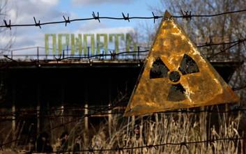 Χειροκίνητα μετρούν τη ραδιενέργεια στο Τσερνόμπιλ μετά την επίθεση των χάκερ
