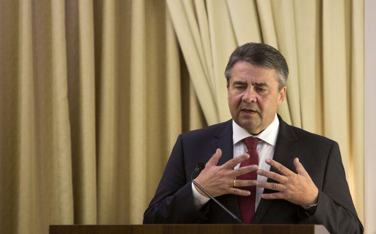 Γκάμπριελ: Ο Σόιμπλε και άλλοι ήθελαν την Ελλάδα εκτός ευρώ