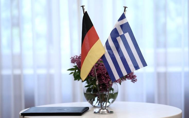 Υποχώρηση της ελληνικής πλευράς στο θέμα του χρέους βλέπει γερμανός «σοφός»
