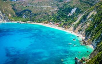 Τρεις ελληνικές παραλίες στη λίστα της Telegraph