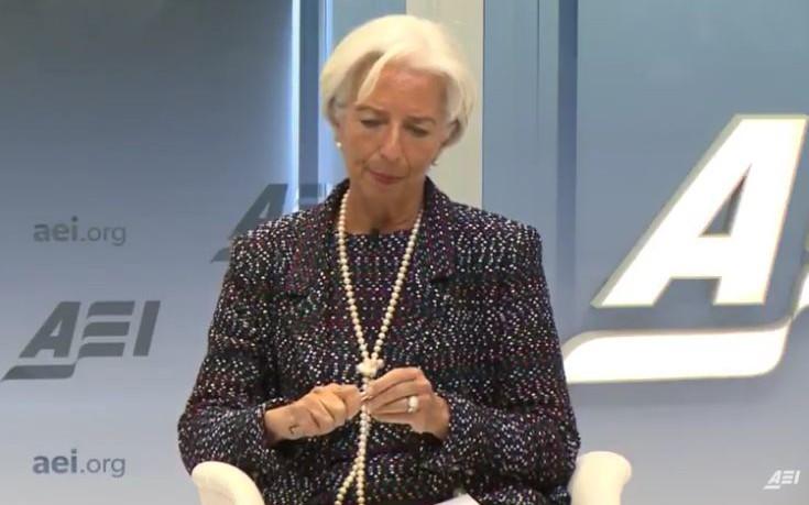 Λαγκάρντ: Δεν συμφωνώ με τον Σόιμπλε για το χρέος της Ελλάδας