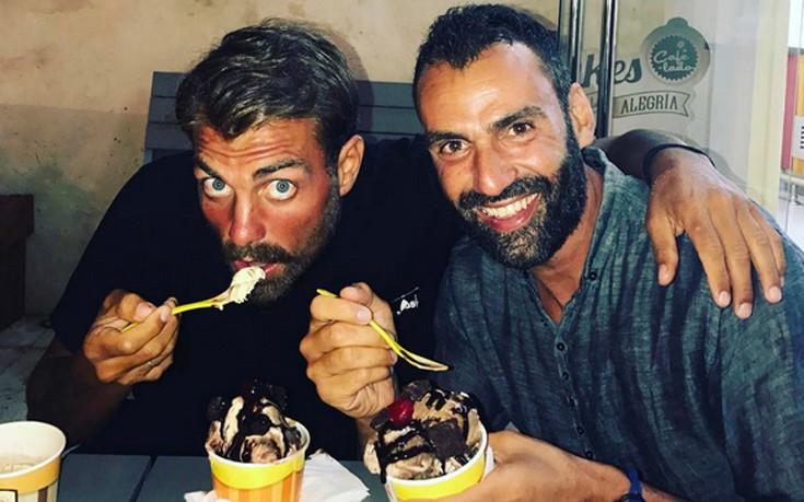 Χανταμπάκης και Χούτος τρώνε παγωτά στον Άγιο Δομίνικο