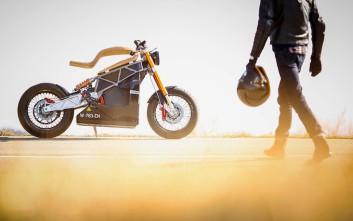 Η Essence E-raw χαράζει νέους δρόμους στην άποψη περί μοτοσυκλέτας