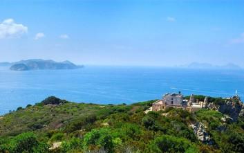 Το ιταλικό νησί των οργίων και των σεξ πάρτι