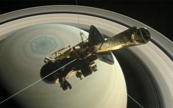 Το διαστημικό σκάφος «Cassini» επιβίωσε από την πρώτη του «βουτιά»