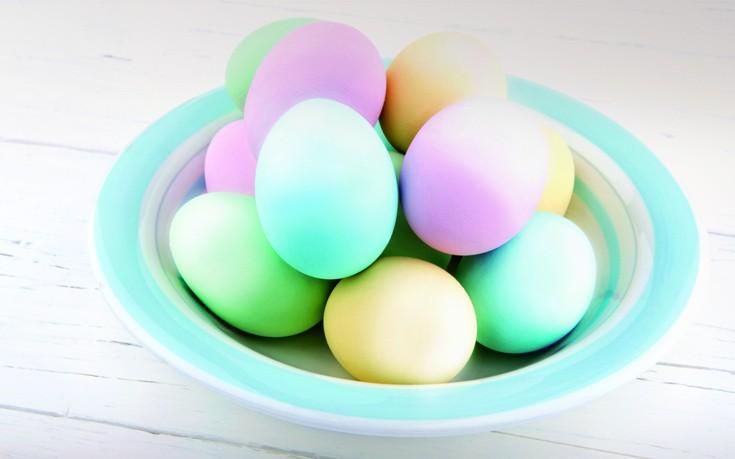 Βάψτε τα αυγά σας... όμπρε