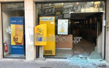 Συγκρούσεις αντιεξουσιαστών με την αστυνομία στα Χανιά