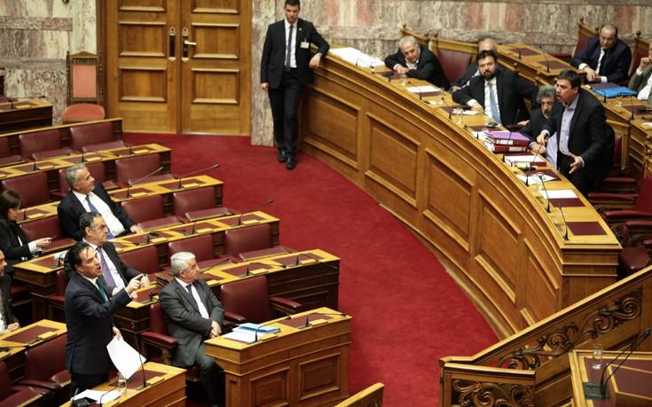 Βούτσης σε Γεωργιάδη: Δεν είναι τηλεοπτικό πάνελ εδώ μέσα