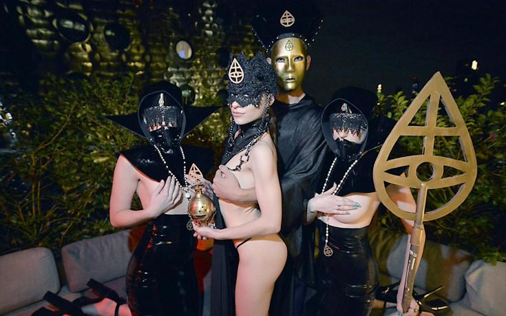 Σεξ, όργια και αχαλίνωτα πάθη στα πριβέ πάρτι της Νέας Υόρκης