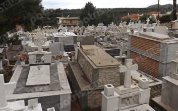 Τάφοι με δύο και τρεις «ορόφους» στη Ζαχάρω λόγω έλλειψης χώρου