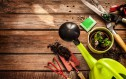 Διαμορφώστε τους εξωτερικούς χώρους και υποδεχτείτε την άνοιξη στο σπίτι σας