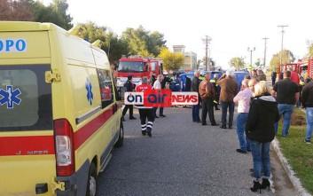 Μαθητές απεγκλώβισαν ζευγάρι έπειτα από τροχαίο στο Μεσολόγγι