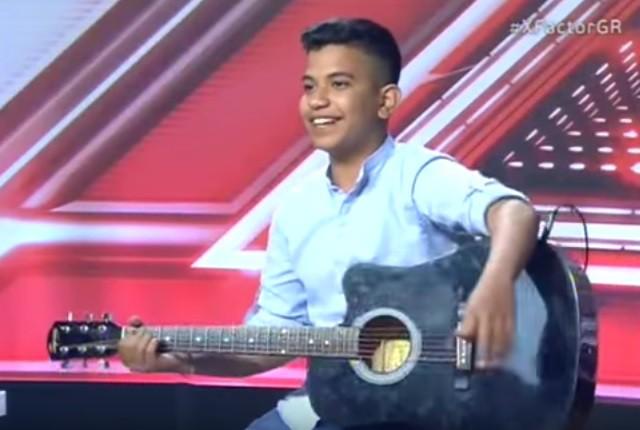 Ο 16χρονος που συστήθηκε ως «τσιγγανάκι» και έκανε όλο το X Factor να κλαίει