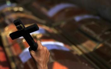 Κορονοϊός: Δύο ιερείς της Κοπτικής Εκκλησίας της Αιγύπτου προσβλήθηκαν από τη νόσο