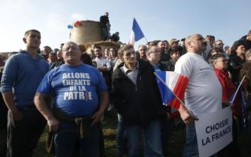 Κινητοποιήσεις τη Δευτέρα στο Παρίσι ανεξαρτήτως νικητή