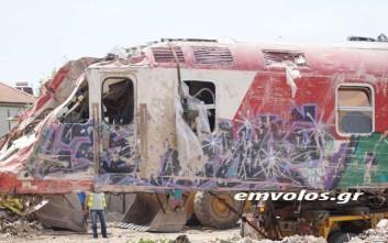 Απομακρύνθηκε και η μοιραία μηχανή του τρένου στο Άδενδρο