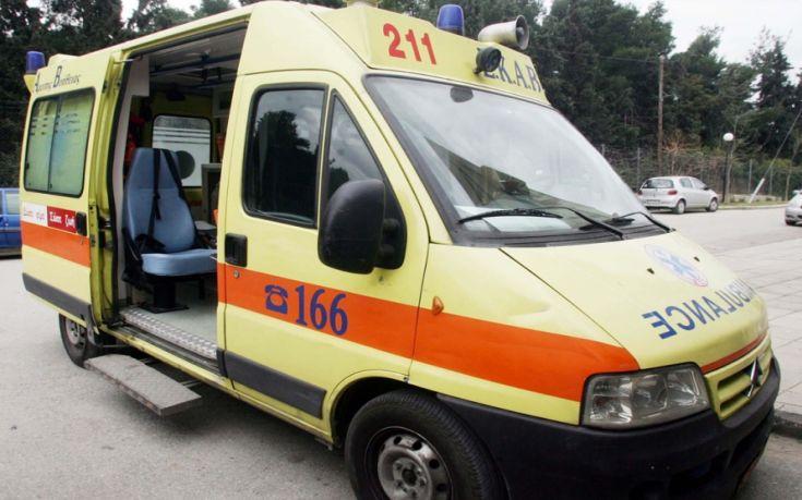 Αγοράκι 2,5 ετών τραυματίστηκε με μαχαίρι στην κοιλιά