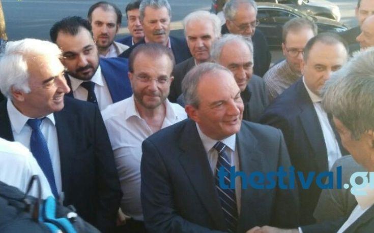 Θερμή υποδοχή για τον Κώστα Καραμανλή στη Θεσσαλονίκη