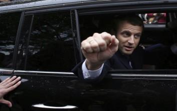 Le Soir: Πάνω από 60% δίνουν στον Μακρόν τα exit polls τεσσάρων εταιριών